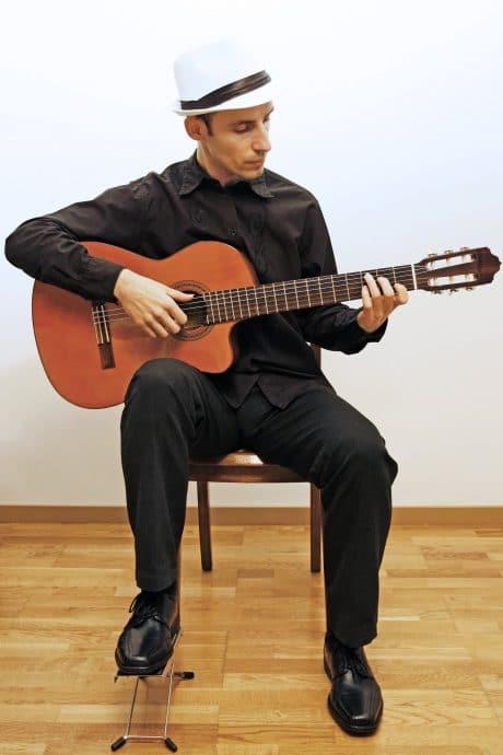 Guitare posture moderne